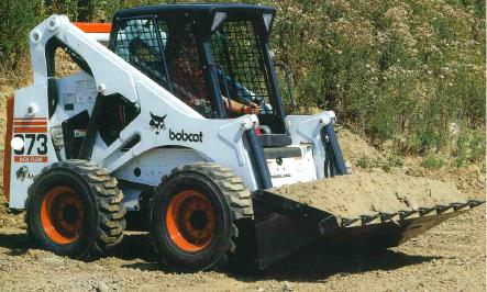 Bobcat bérlés, homlokrakodó, földmunkagép